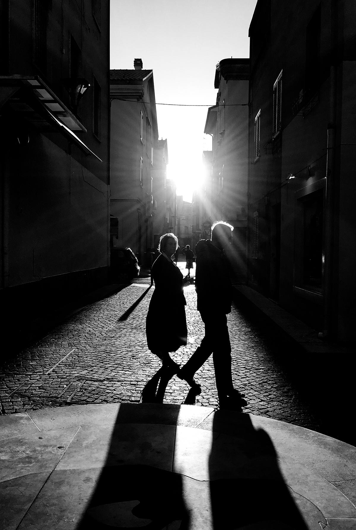 Luce Infinita, Fotografia, Lóu 2 idee 1 goccia d'enfasi, Le Nove Porte, Le Nove Porte {...} é la luce ad arredare le stanze